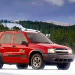 Chevrolet Tracker 2001 On Snow Wallpaper